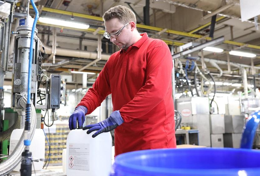 Henkel hat 25.000 Liter Handdesinfektionsmittel gespendet.